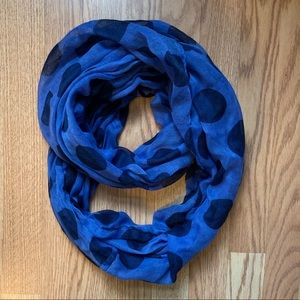 Accessories - Blue scarf